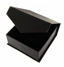 Pakavimo dėžutė 9x9x4  juoda(papuošalas,apyrank)su magnetiniu dangteliu