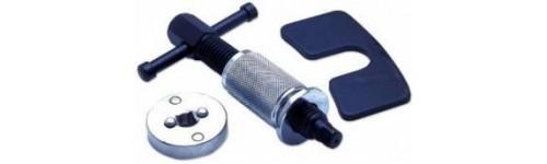 Įrankiai stabdžių remontui